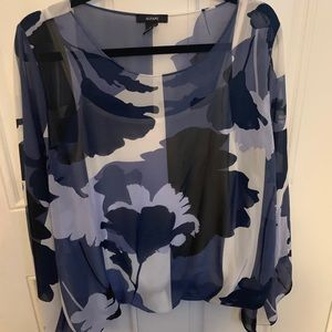 Alfani blouse with bell sleeves size xl